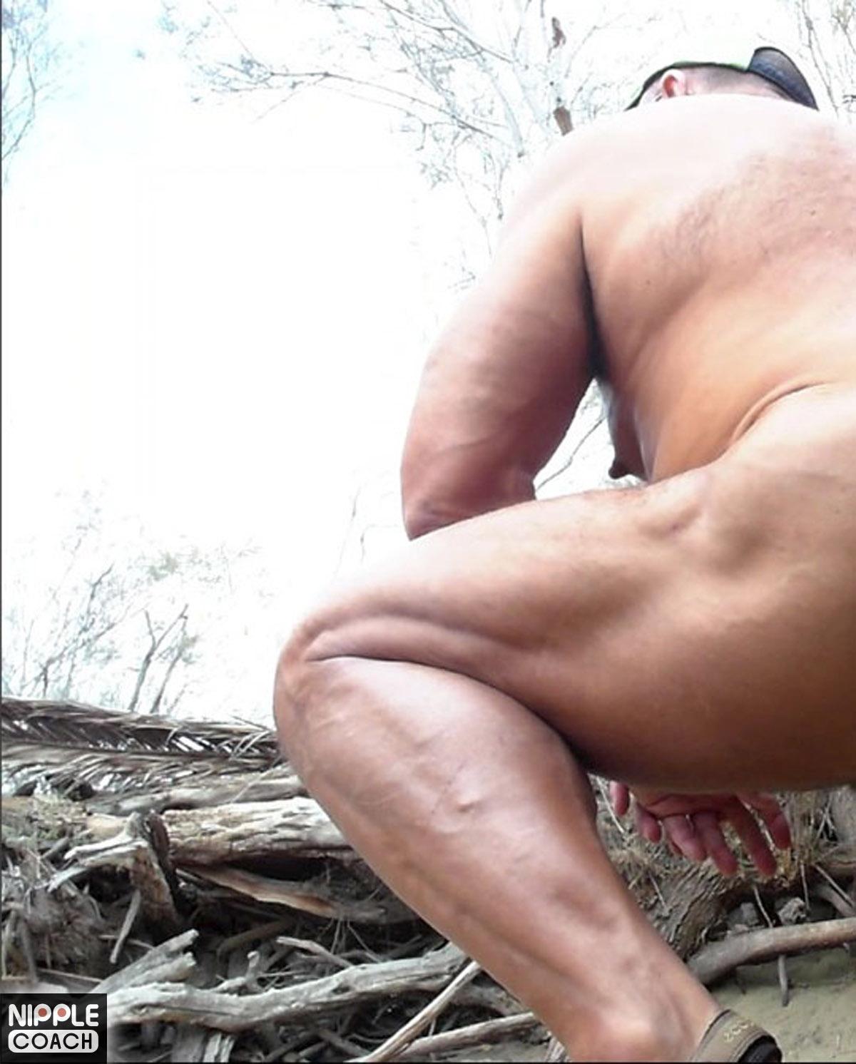 thick-calve-squatting